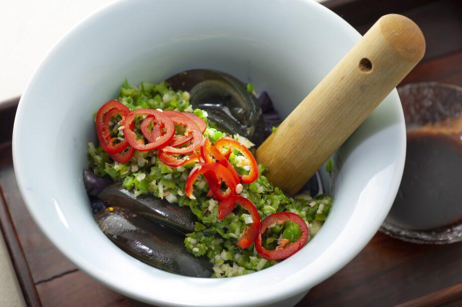 日本人が知らないピータン料理「焼椒皮蛋茄子」のイメージ